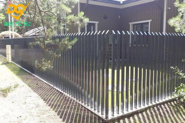 Mẫu hàng rào sắt đặc đẹp - 10